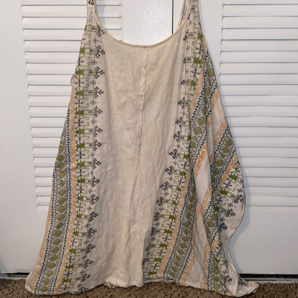 Free people loose fitting top. Beach style cover up